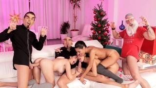 Рождественские потрахушки три на три понравятся всем